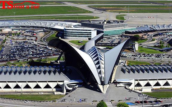 автомобили под наем летище букурещ